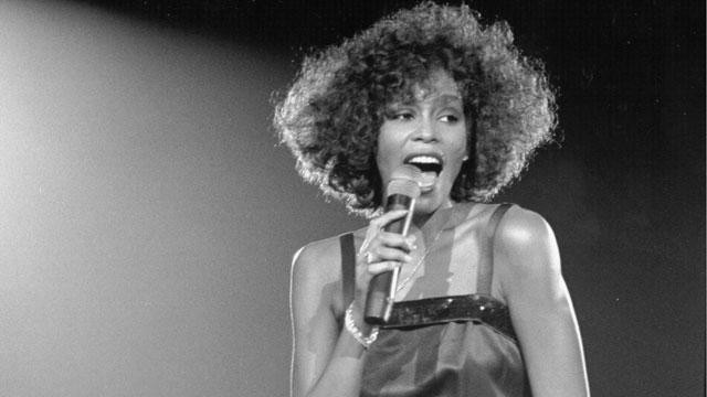 whitney_houston_BW