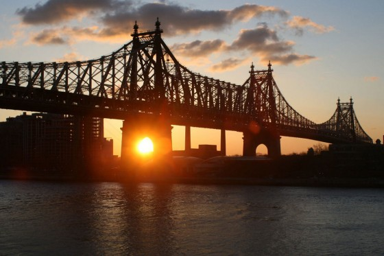 new-york-sunrise-560x373